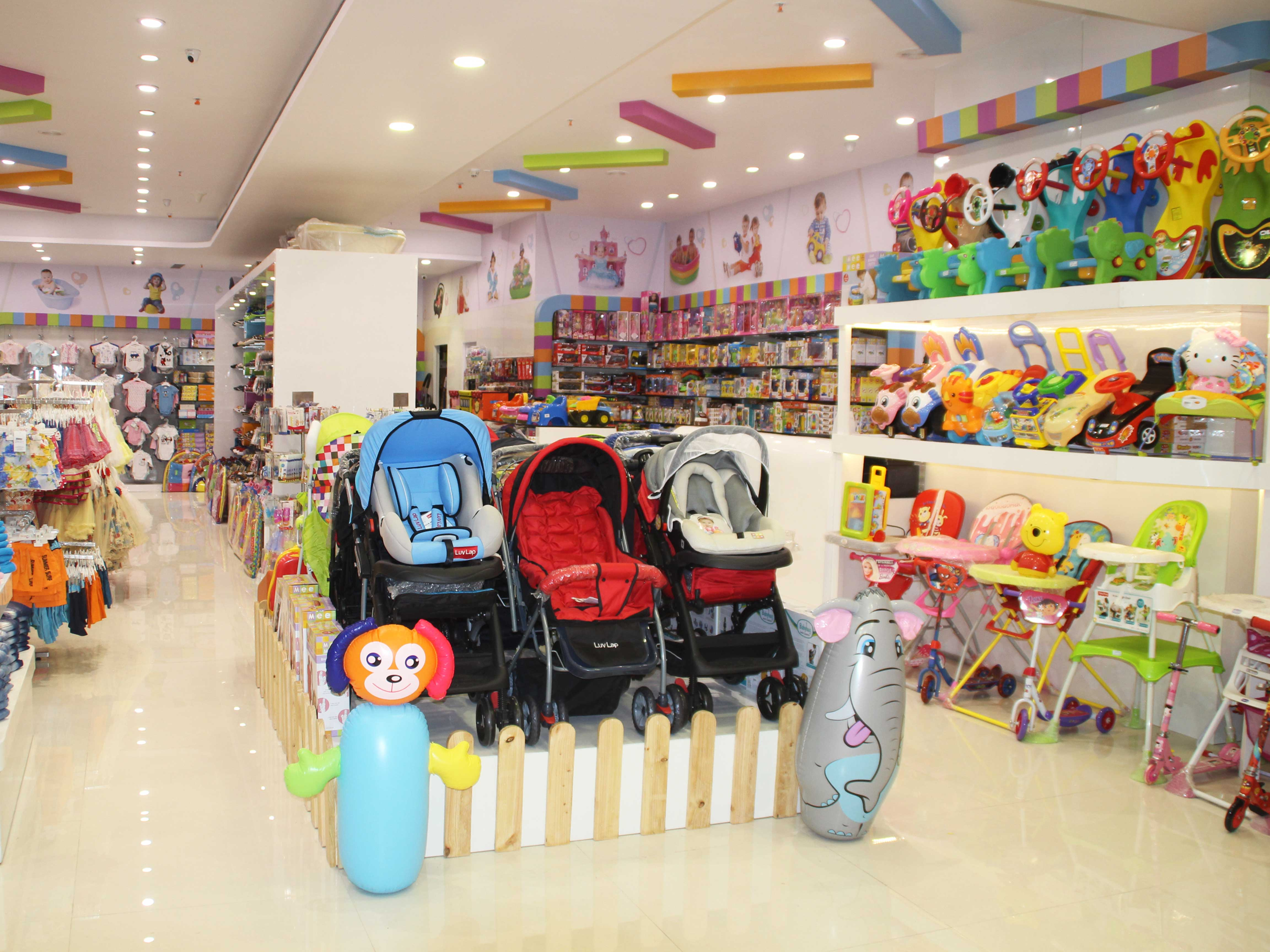 FirstCry Store in Pune Aundh Shop for Baby & Kids Products
