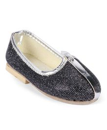 Ethnik's Neu Ron Traditional Mojari Shoes - Dark Grey