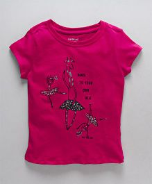 Doreme Half Sleeves Top With Giraffe Print - Fuschia Pink