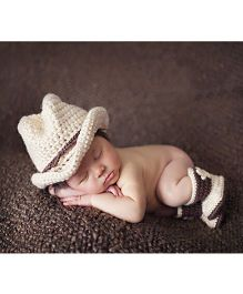 Babymoon Cowboy Hat And Booties Set - Cream Brown