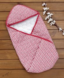 Babyhug Quilted Hooded Cotton Wrapper Cum Blanket - Stripes Red