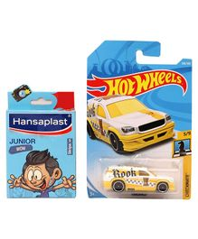 Hot Wheels Fandango Checkmate Die Cast Car - (Colour & Design May Vary)
