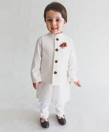 Tiber Taber Full Sleeves Kurta & Pajama With Fish Brooch Jacket Set - White