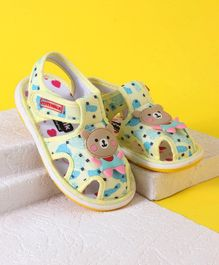 Cute Walk by Babyhug Sandals Teddy Patch - Light Yellow