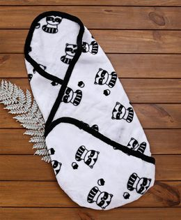 Fox Baby Baby Blanket Allover Raccoon Print - Whit Black