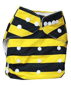 ChuddyBuddy Cloth Diaper With Insert With Bee Print - Black & Yellow