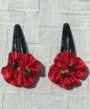 Buttercup From KnittingNani Round Satin Flower Tic Tacs - Red