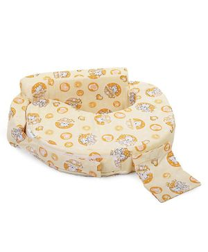 Babyhug Feeding Pillow Teddy & Hearts Print - Yellow