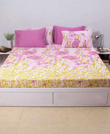 HouseThis Valley Of Flowers Panorama 1 Double Fitted Bedsheet & 2 Pillow Covers - Purple