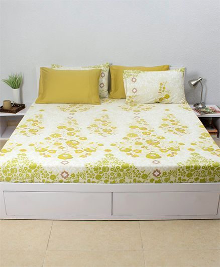 HouseThis Frida Costura 1 Double Fitted Bedsheet & 2 Pillow Covers - Yellow