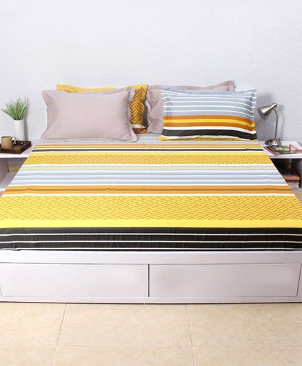 HouseThis The Urban Stripes 1 Double Fitted Bedsheet & 2 Pillow Covers - Yellow