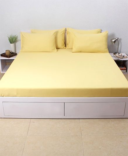 HouseThis Cheese 1 Double Fitted Bedsheet & 2 Pillow Covers - Yellow