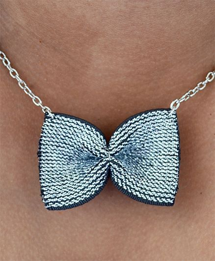 Pretty Ponytails Bow Design Necklace - Grey & Silver