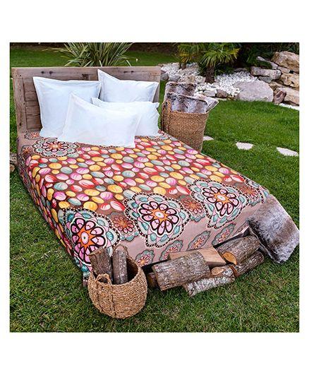 A Homes Grace Single Bed Flannel Blanket Polka Dot Design - Multicolour