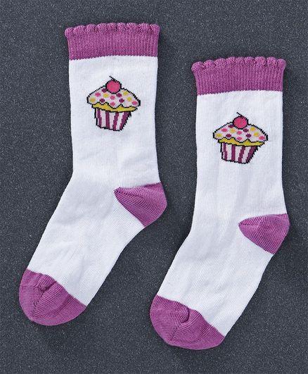 Mustang  Quarter Length Socks Cupcake Design - White Purple