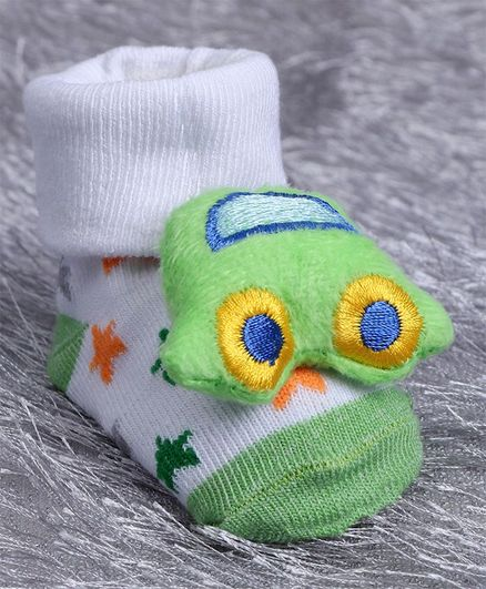 Cute Walk by Babyhug Ankle Length Sock Shoes Car Motif - Light Green