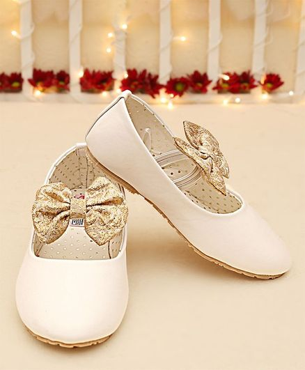 reputable site cdb22 8a018 Buy Dchica Bow Strap Ballerinas White for Girls (3-4 Years) Online, Shop at  FirstCry.com - 2255462