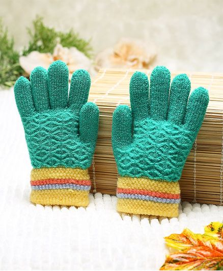 Babyhug Hand Gloves Self Design - Green