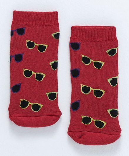 Cute Walk By Babyhug Terry Antibacterial Ankle Length Socks Goggles Design - Red