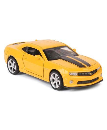 Innovador Chevrolet Camaro Die Cast Metal Car Yellow For 3 8 Years