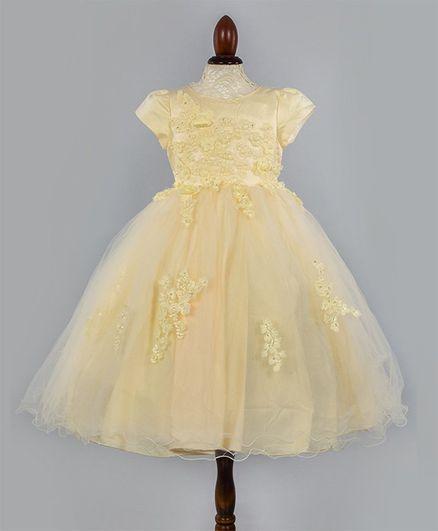WhiteHenz Clothing Flower Applique Short Sleeves Dress - Light Yellow