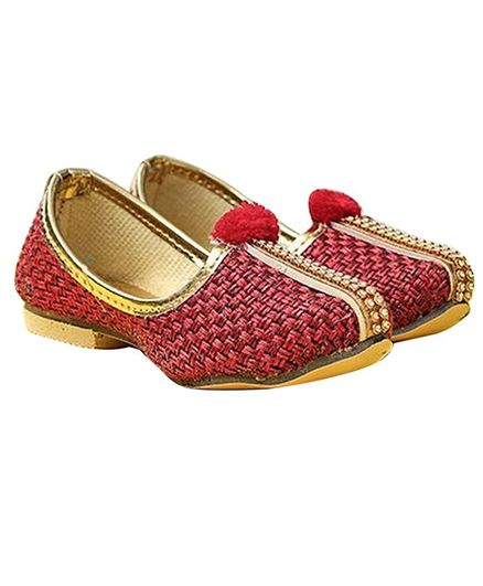 Tahanis Pom Pom Embellished Mojaris - Red