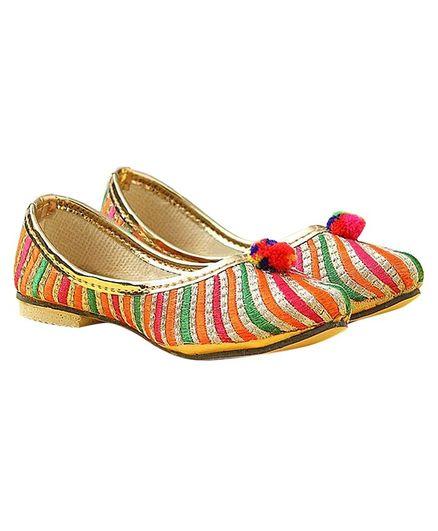 Tahanis Punjabi Styled Striped Mojaris - Multicolor