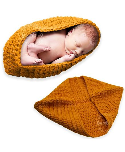 Bembika Knitted Cocoon Nest Baby Pod Photography Prop - Orange