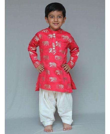 Varsha Showering Trends Elephant Print Full Sleeves Kurta & Pyjama Set - Red & Off White