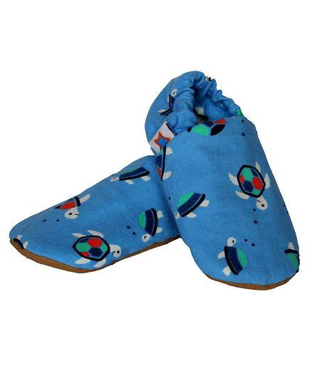 Skips Turtle Print Back Elastic Booties - Blue