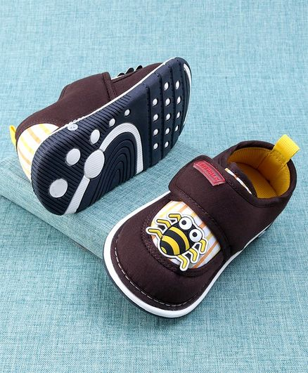 Cute Walk by Babyhug Casual Shoes Spider Applique - Purple