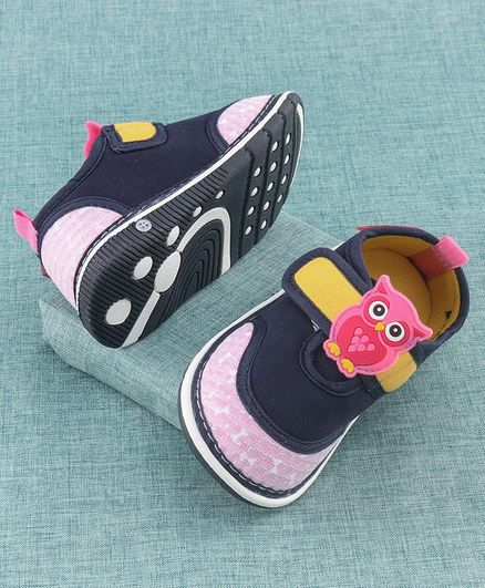 Cute Walk by Babyhug Canvas Shoes Owl Patch -  Navy Blue