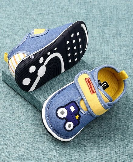 Cute Walk by Babyhug Canvas Shoes Engine Patch - Blue