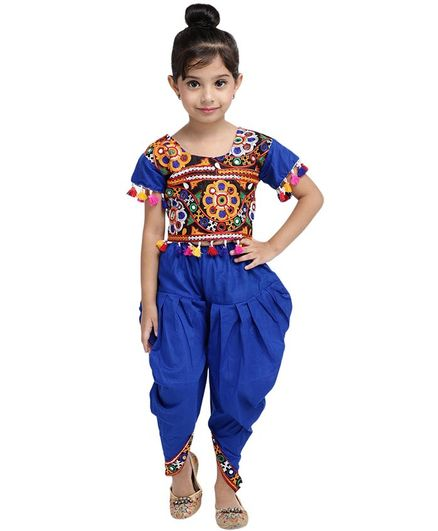 Bownbee Embroidered Half Sleeves Mirror Work Top With Dhoti - Blue