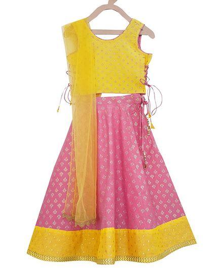 Campana Motif All Over Print Sleeveless Choli With Lehenga & Net Dupatta - Pink & Yellow
