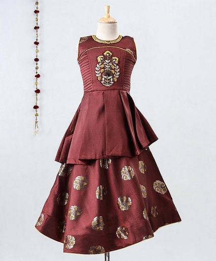 Enfance Sleeveless Flower Embroidered Motif Print Gown - Maroon