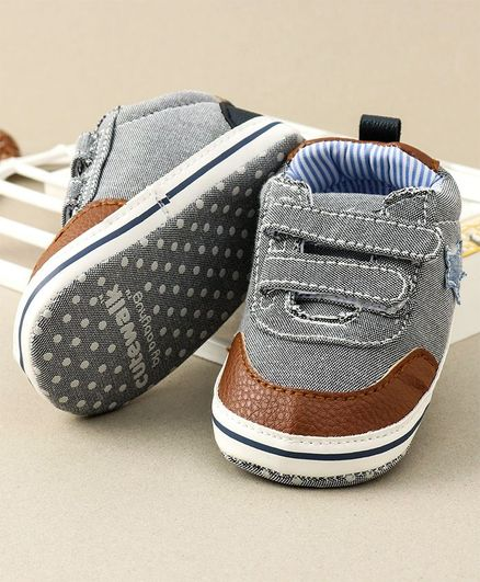 Cute Walk by Babyhug Shoes Style Booties - Grey