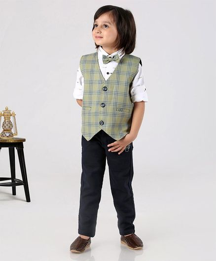 Dapper Dudes Printed Full Sleeves Shirt With Checkered Jacket & Bow Tie & Pants - Light Green