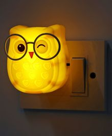 Night Lamp Winking Owl Shape - Yellow