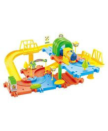 Webby Classic Toy Train Set - Multicolor