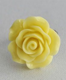 Bobbles & Scallops Big Resin Rose Ring - Yellow