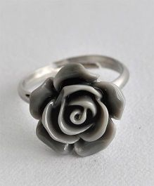 Bobbles & Scallops Small Resin Rose Ring - Grey