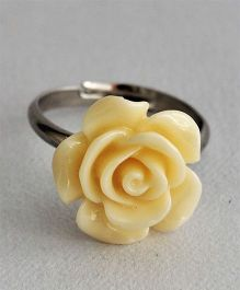 Bobbles & Scallops Small Resin Rose Ring - Yellow