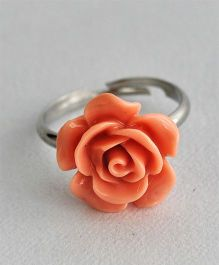 Bobbles & Scallops Small Resin Rose Ring - Peach