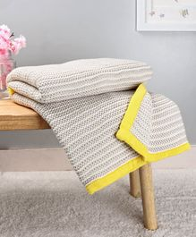 Babyhug Premium Tusk Knitted All Season Cotton  Blanket - Yellow & Grey