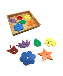 Skola Wooden Flowers And The Bee Thread & Learn Toy - Multicolor