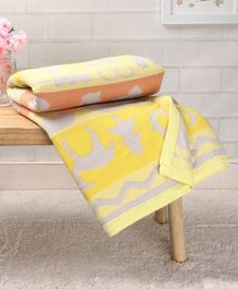 Babyhug Premium Knitted Cotton All Season Blanket Jaguar And Mice - Grey & yellow