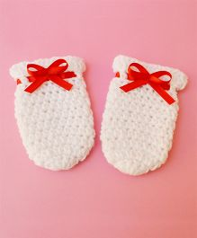 Love Crochet Art Lace Crochet Baby Mittens - White