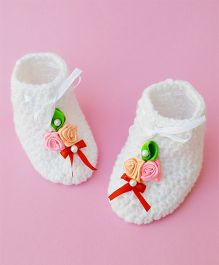 Love Crochet Art Crochet Flower Applique Baby Booties - White