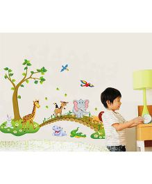 Oren Empower Jungle Animal Wall Decal - Green